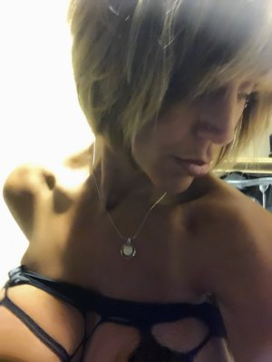 Audrina tantra massage in Grandview Washington
