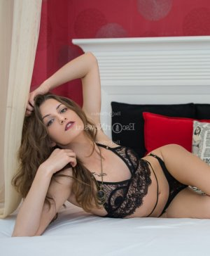 Adelya erotic massage in Aberdeen