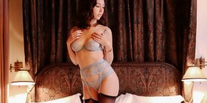 Anelyne erotic massage in El Campo and live escorts