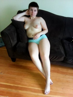 Anne-camille call girl in Essex Maryland