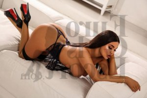 Shania live escort and nuru massage
