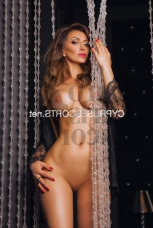 Vanylle escort girl & erotic massage