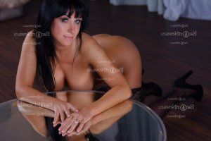 Alexya tantra massage in Ewa Beach Hawaii, call girl